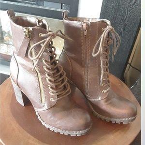 Soda High Zippered Boots Brown 7 1/2
